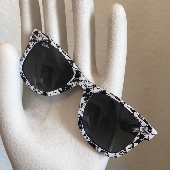 Authentic Ray Ban Wayfarer Mickey Mouse Sunglasses.  M 5b9d49d19fe48687981b2746 6822a33340b4